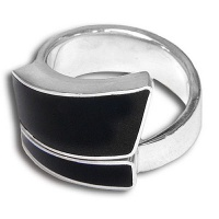 Black Shell Wrap-Around Ring