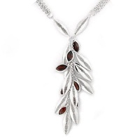 Filigree Necklace with Garnet
