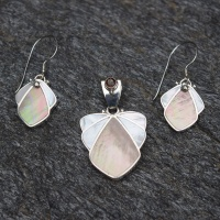 Iinlaid Brown and White Mother of Pearl Pendant and Earring Set