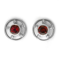 rm444gSterling Silver 5mm Round Garnet Post Earrings