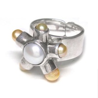 Peach & White Freshwater Cultured Pearl Ring