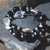 Onyx, Crystal and White Pearl Beaded Braceley
