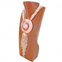 Queen Conch Bead & Swirl Necklace
