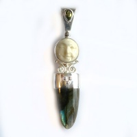 Goddess Pendant with Labradorite and Peridot
