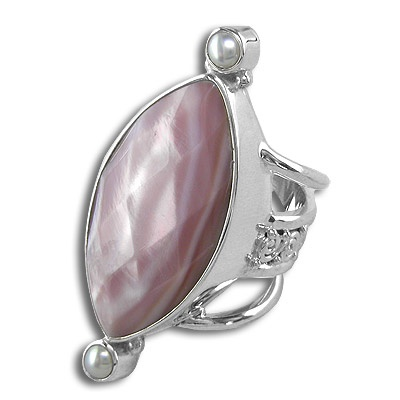 Shell Pearls Silver Ring