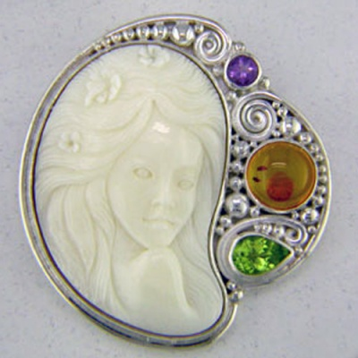 Flower Goddess Pin-Pendandt with Amber, Peridot & Amethyst